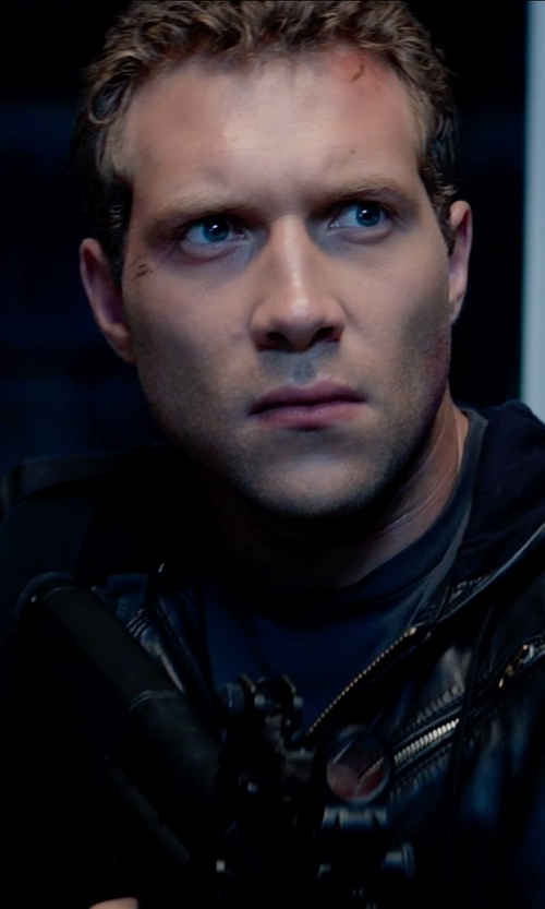 Jai Courtney with T by Alexander Wang Basic Cotton T-Shirt in Terminator: Genisys