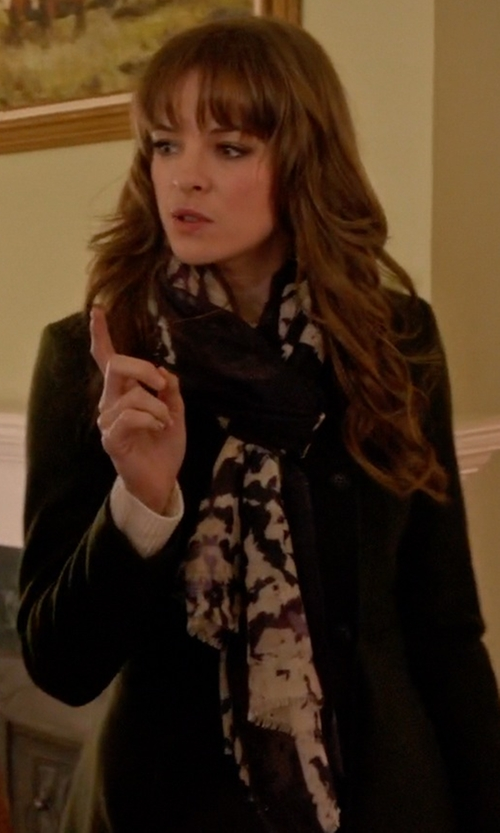 Danielle Panabaker with Austin Reed Blossom Print Scarf in Arrow