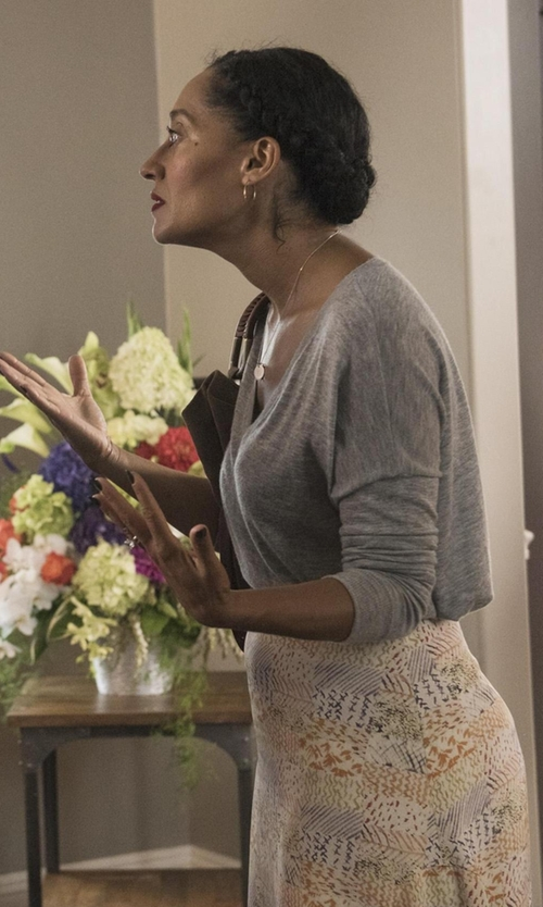 Tracee Ellis Ross with 525 America Cashmere V Neck Sweater in Black-ish