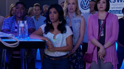 Chrissie Fit with Linea Pelle Brown Chain Link Leather Belt in Pitch Perfect 2