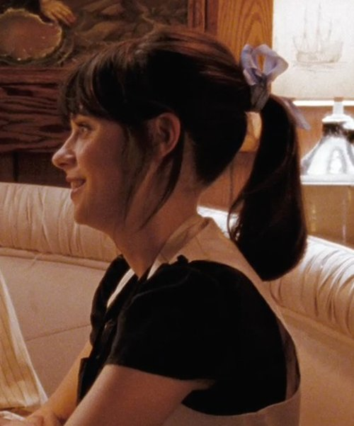 Zooey Deschanel with Greatlookz Satin Intensity Ribbon Bows in (500) Days of Summer