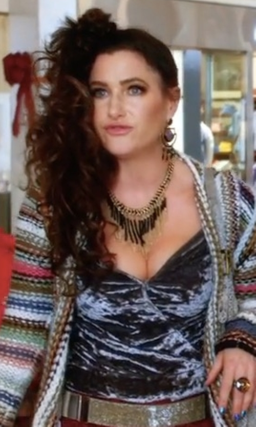 Kathryn Hahn with Akola Wood, Bone & Stick Fringe Necklace in A Bad Moms Christmas