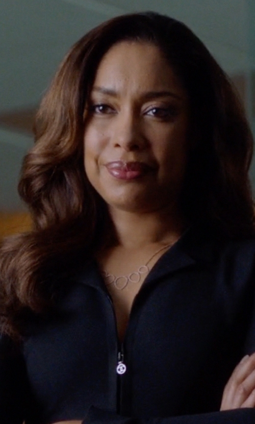 Gina Torres with Kendra Scott Connie Five Station Necklace in Suits