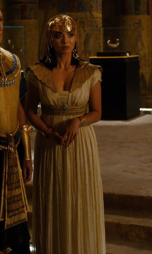Anjali Jay with Marlene Stewart (Costume Designer) Custom Made Egyptian Royalty Costume (Shepseheret) in Night at the Museum: Secret of the Tomb