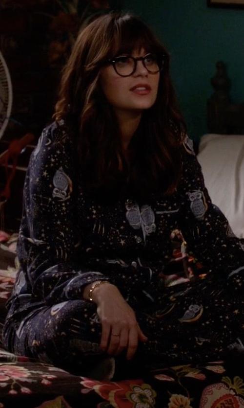 Zooey Deschanel with Target Flannel Pajama Set in Owl Stargaze in New Girl