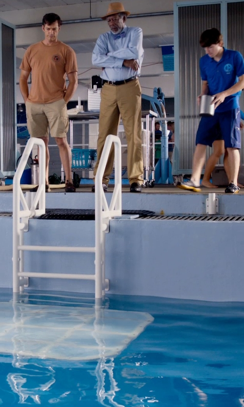 Morgan Freeman with John Varvatos Star USA Commuter Derby Shoes in Dolphin Tale 2