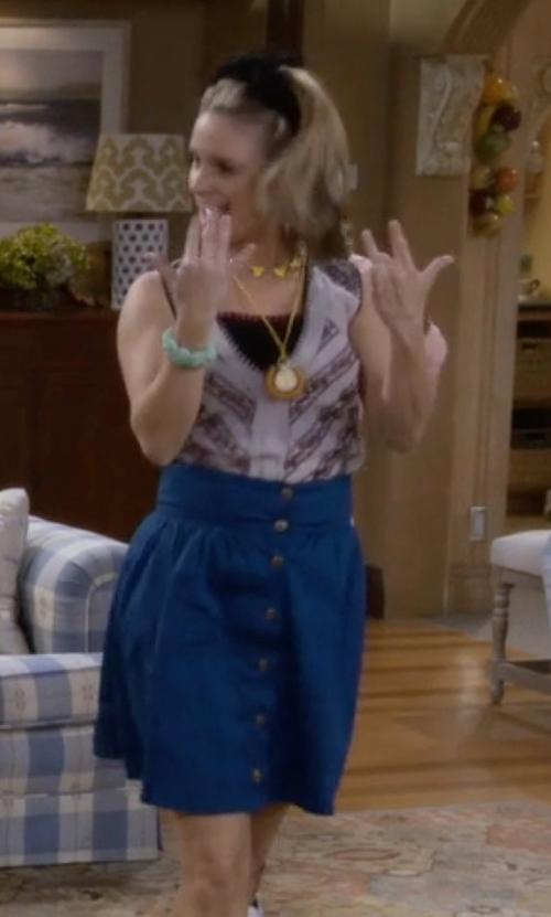 Andrea Barber with Paper Crane High Waist Button Front Chambray Skirt in Fuller House