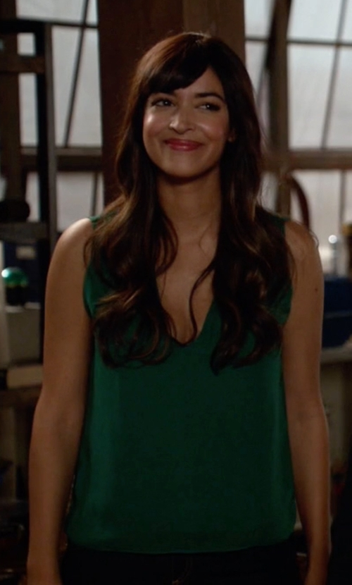 Hannah Simone with Alice + Olivia Sleeveless V Top in New Girl