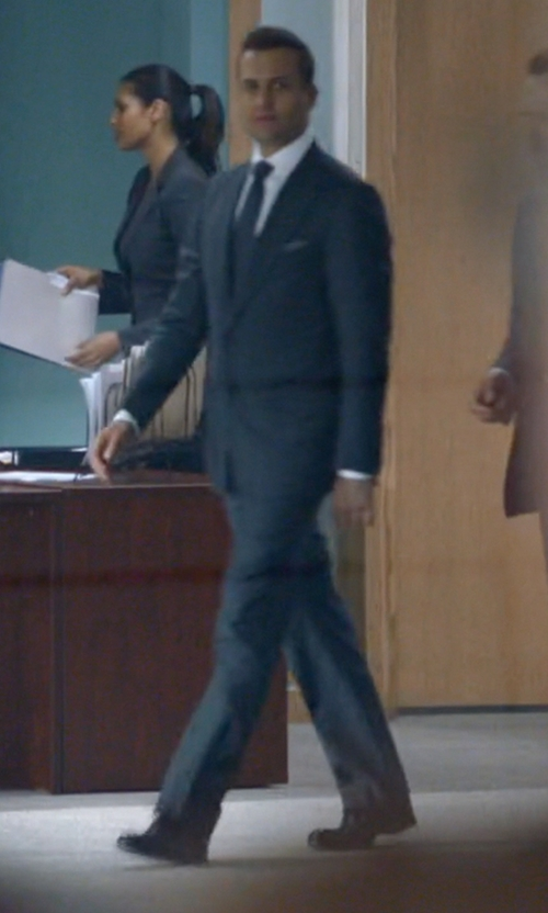 Gabriel Macht with Tom Ford Austin Cap Toe Brogue Shoes in Suits