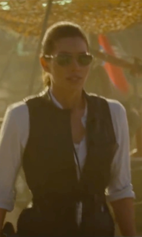 Jessica Biel with John Varvatos V723 Sunglasses in The A-Team