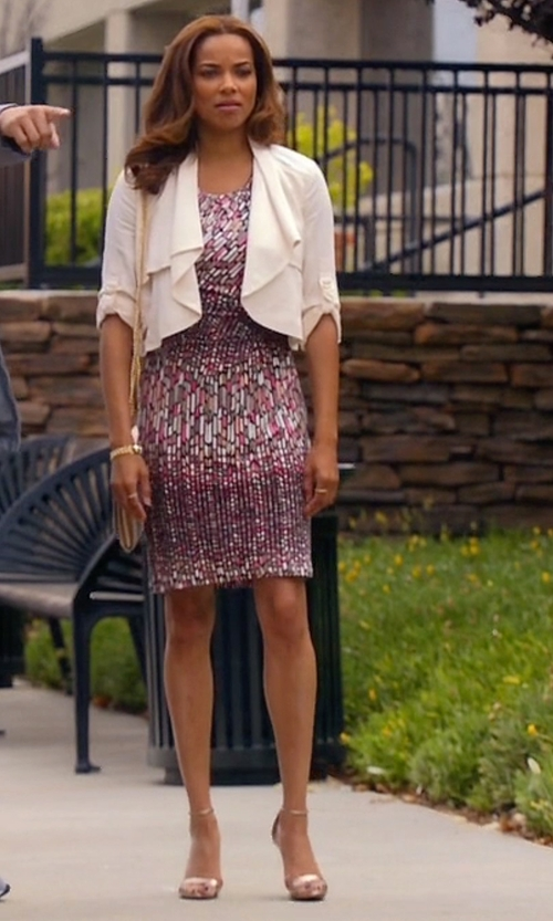 Rochelle Aytes with Tory Burch Elana Metallic Sandals in Mistresses