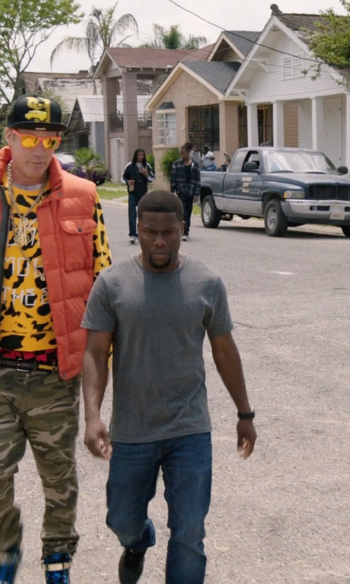 Kevin Hart with Dolce & Gabbana Cotton-Jersey T-Shirt in Get Hard