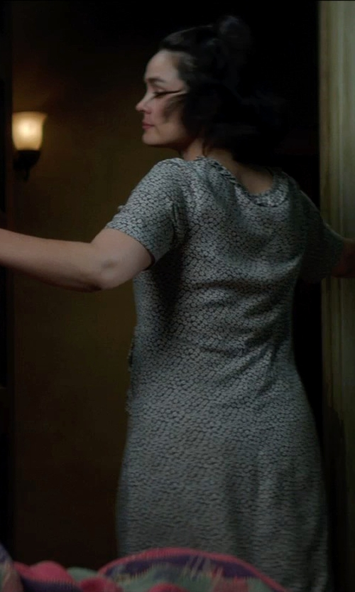 Shannyn Sossamon with Romwe Short Sleeve Pastel Floral Print White Dress in Sinister 2