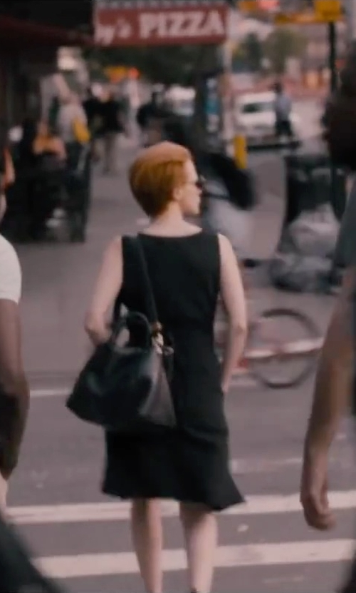 Jessica Chastain with Monserat De Lucca Large Docente Tote Bag in The Disappearance of Eleanor Rigby