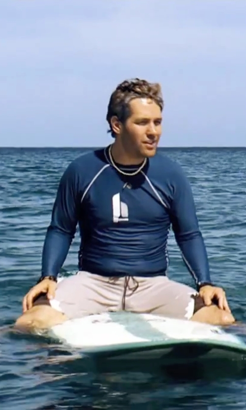 Paul Rudd with Rip Curl Wave Long Sleeve Rashguard in Forgetting Sarah Marshall