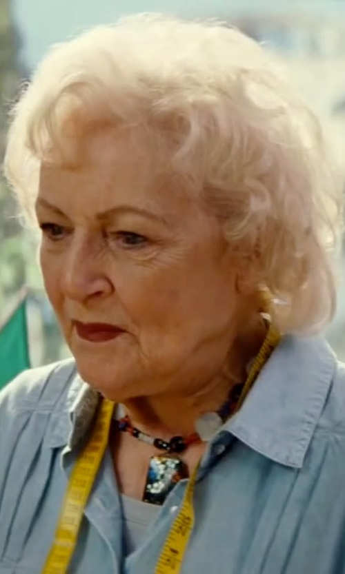 Betty White with Soft Joie Onyx Chambray Button-Down Shirt in The Proposal
