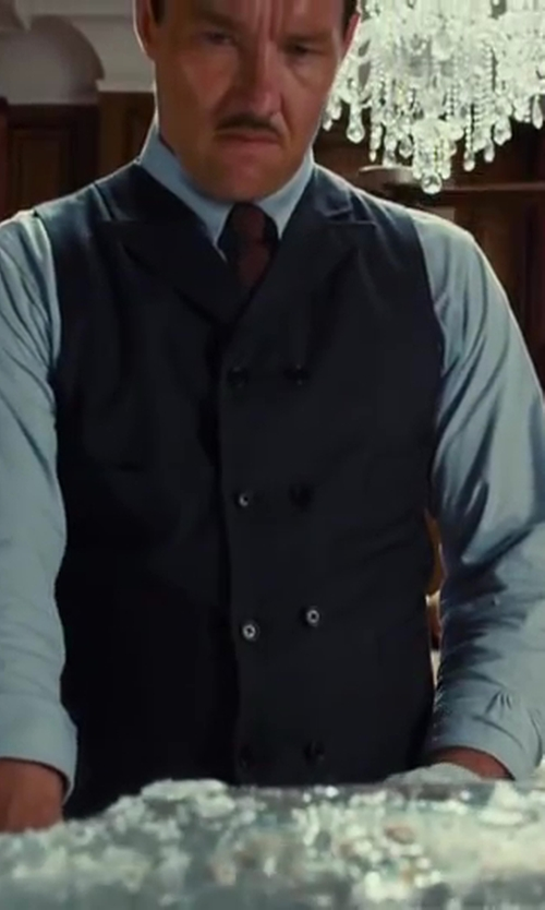 Joel Edgerton with Black Lapel Solid Light Blue Dress Shirt in The Great Gatsby