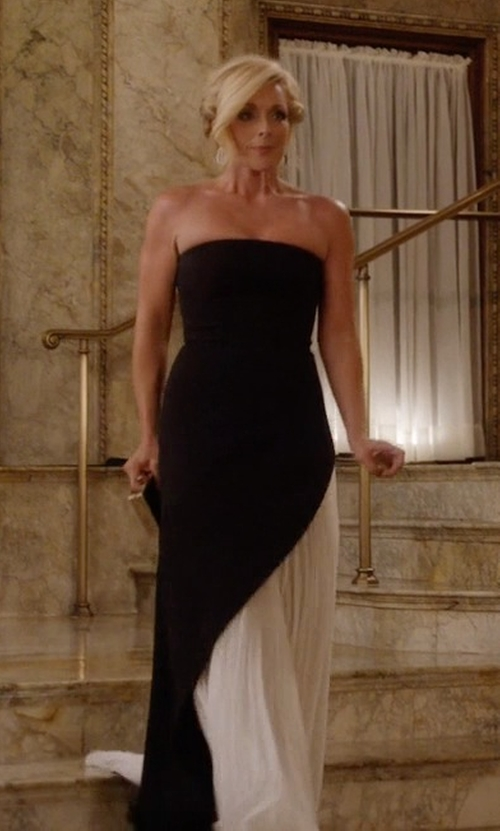 Jane Krakowski with J. Mendel Strapless Asymmetric Pleat Gown, Black/white in Unbreakable Kimmy Schmidt