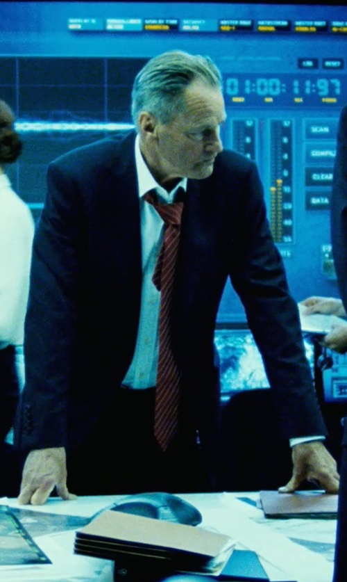 Sam Shepard with Versace Collection City Fit Basic Suit in Safe House