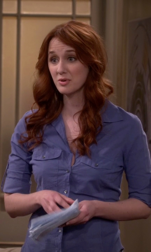 Laura Spencer with James Perse Sheer Slub Side Panel Shirt in The Big Bang Theory