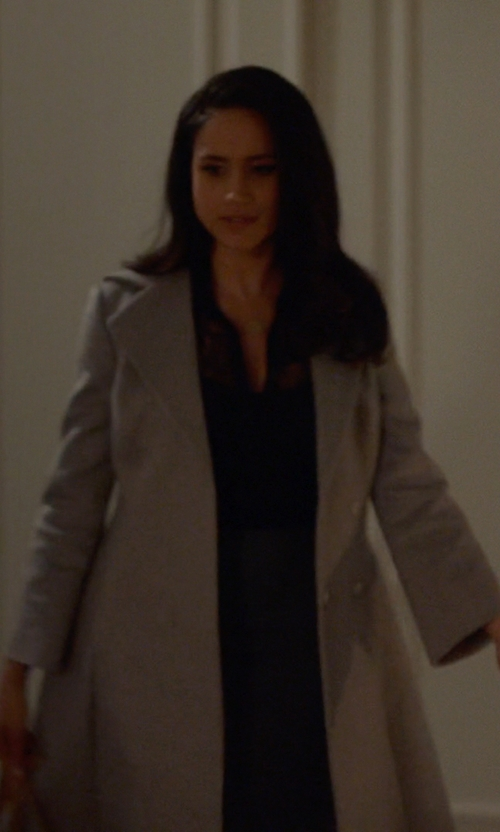 Meghan Markle with Cristinaeffe Trench Coat in Suits