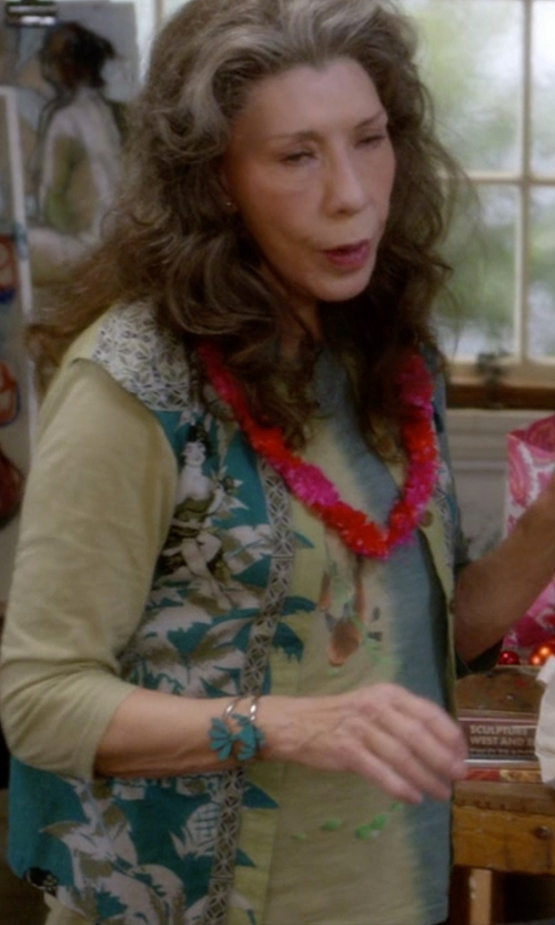 Lily Tomlin with Accents By Lavello Sheer Designer Vest in Grace and Frankie
