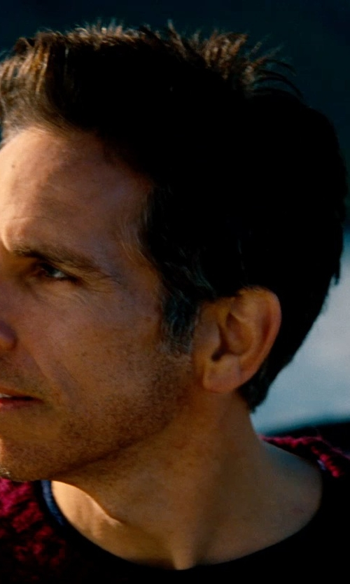 Ben Stiller with Zara Man Knitted Sweater in The Secret Life of Walter Mitty