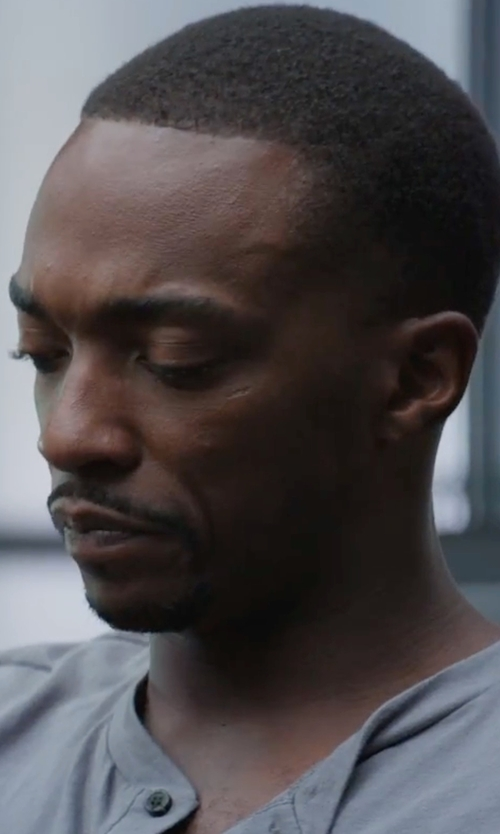 Anthony Mackie with My Habit Alternative Jersey Baseball Henley Shirt in Captain America: Civil War