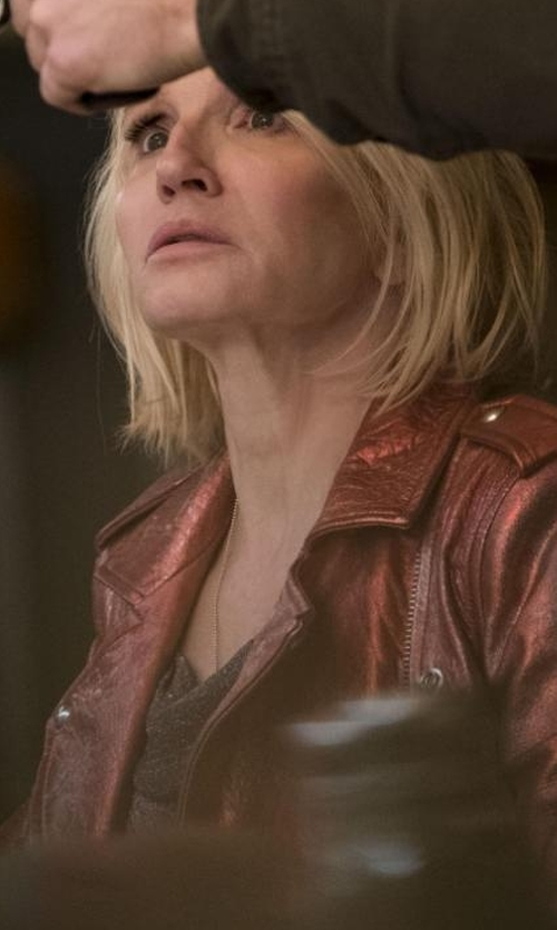 Ellen Barkin with James Perse Crew Neck Tee in Animal Kingdom