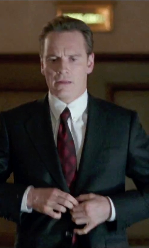 Michael Fassbender with Z Zegna Notched Collar Two-Piece Suit in Steve Jobs