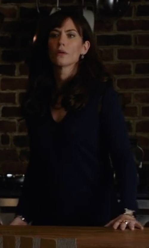 Maggie Siff with Neiman Marcus Cashmere Collection V-Neck Relaxed-Fit Cashmere Sweater in Billions