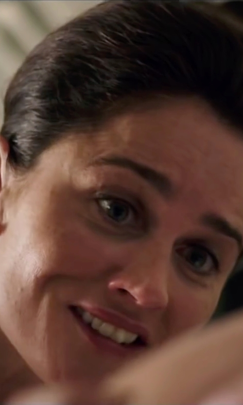 Robin Tunney with Tara Pearls Natural Color Akoya White Pearl Stud Earrings in My All American