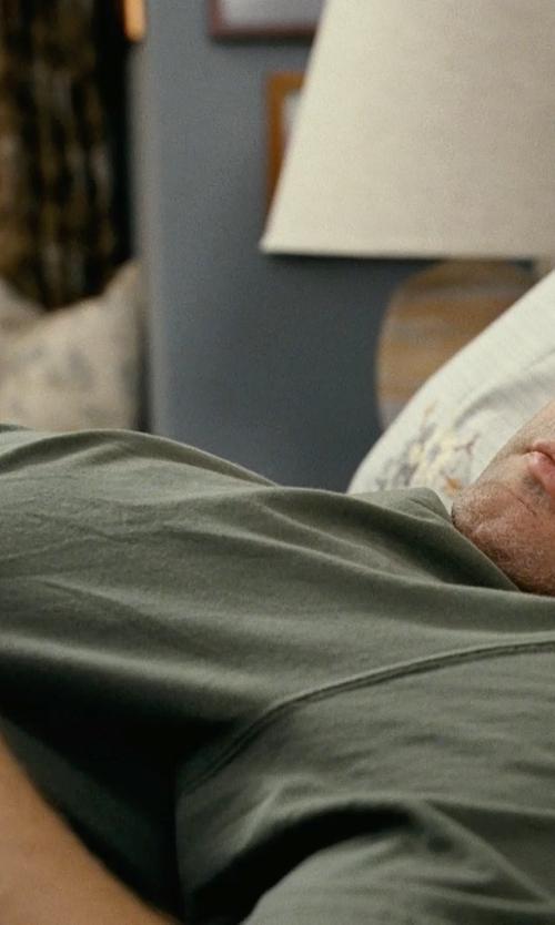 Vince Vaughn with Jack Spade Archer Crewneck T-Shirt in Couple's Retreat