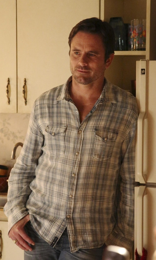 Charles Esten with Howe Plaid Twill Woven Shirt in Nashville