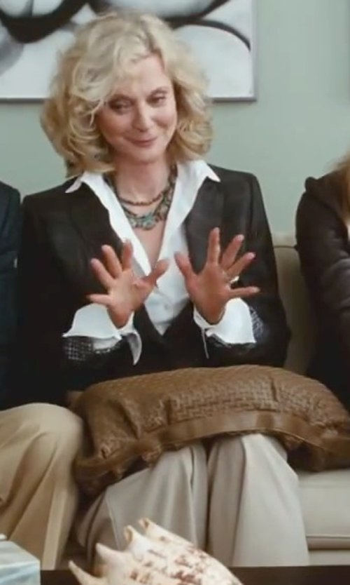 Blythe Danner with St. John Collection Diana Straight Leg Tropical Wool Pants in Little Fockers