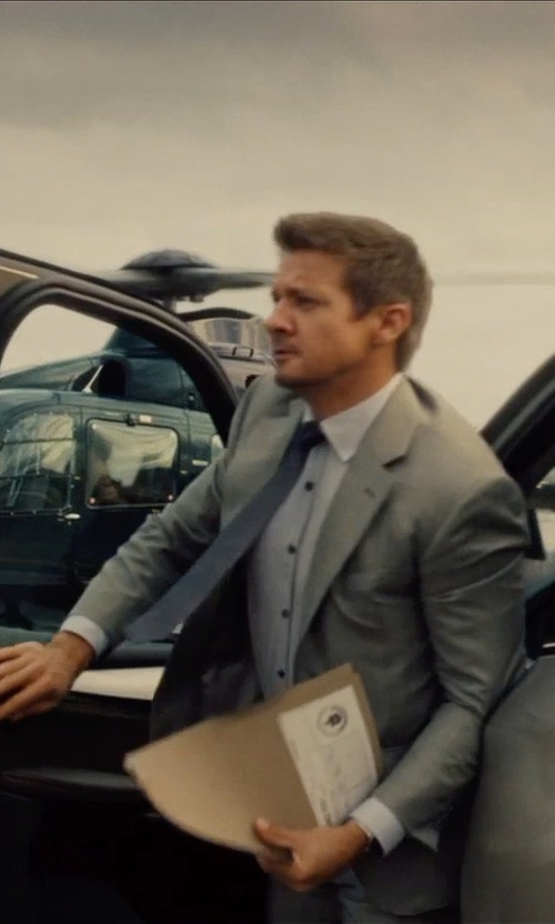 Jeremy Renner with Armani Collezioni Solid Dress Shirt in Mission: Impossible - Rogue Nation