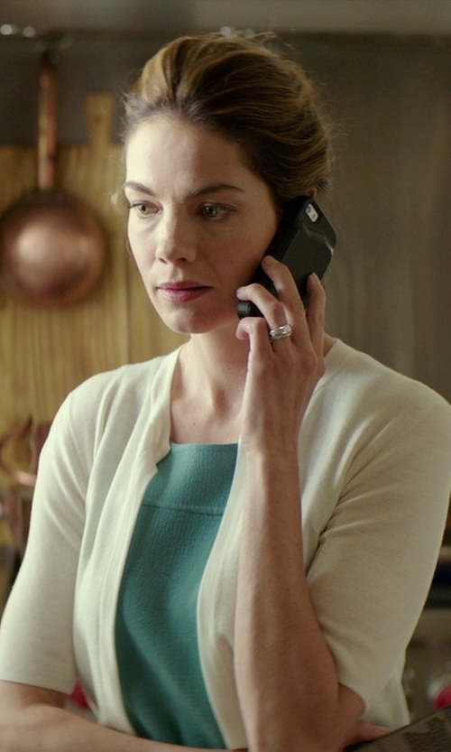 Michelle Monaghan with Apple iPhone 5s in The Best of Me