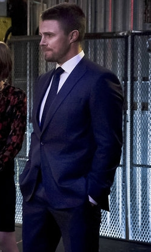 Stephen Amell with Versace Peak Lapel Suit in Arrow