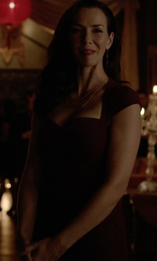 Annie Wersching with Janie Bryant for Black Halo Shasta Sheath Dress in The Vampire Diaries