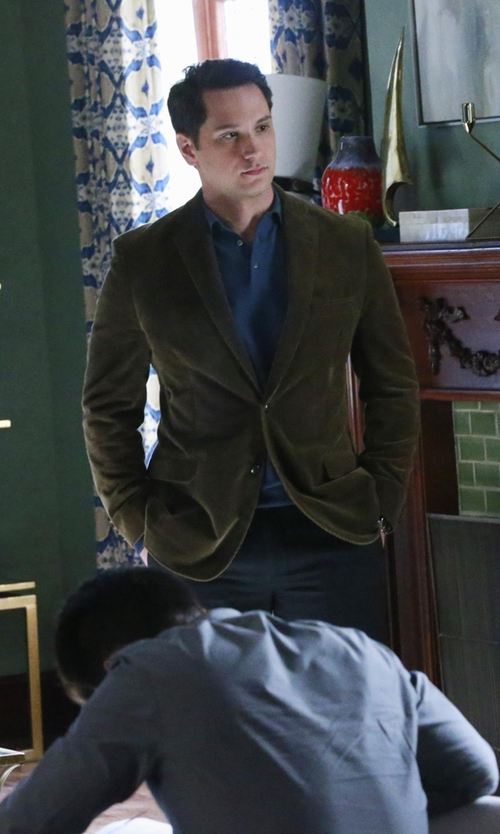 Matt McGorry with Freemans Sporting Club Slim-Fit Cotton-Corduroy Blazer in How To Get Away With Murder