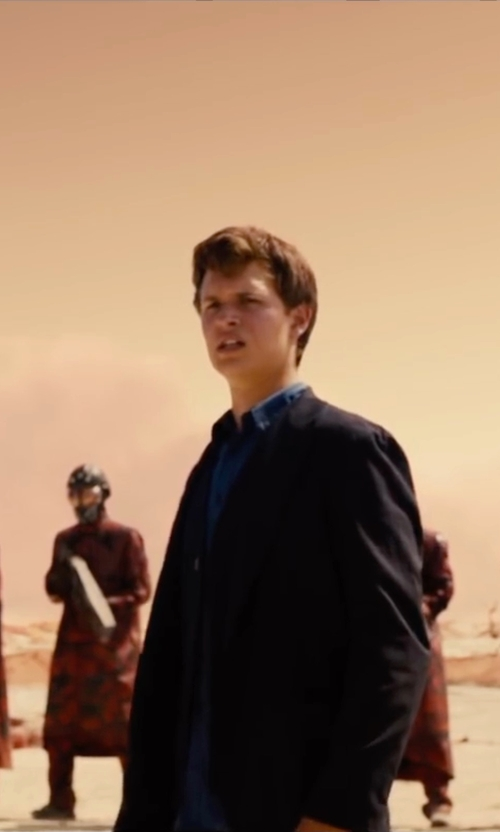 Ansel Elgort with Orian Slim Fit Solid Poplin Dress Shirt in The Divergent Series: Allegiant