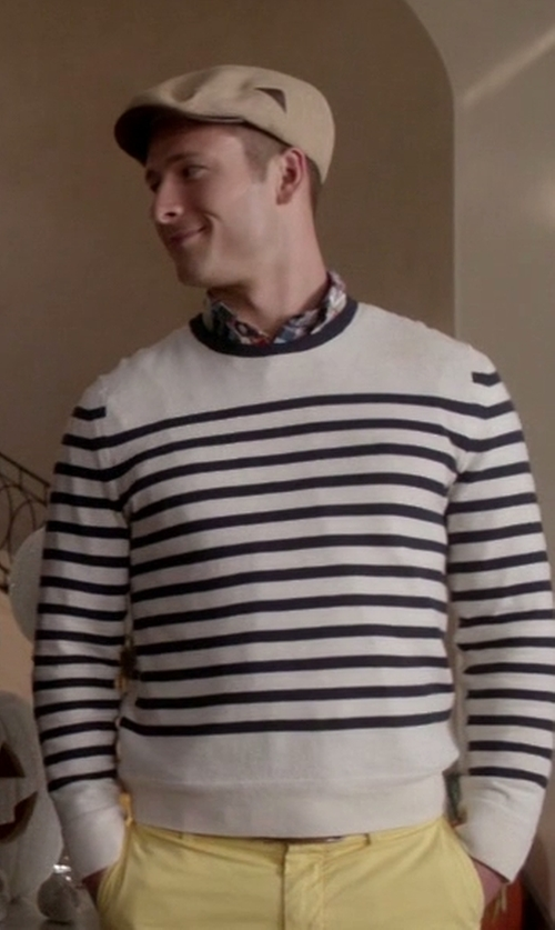 Glen Powell with Rag & Bone Chase Stripe Crewneck Sweater in Scream Queens