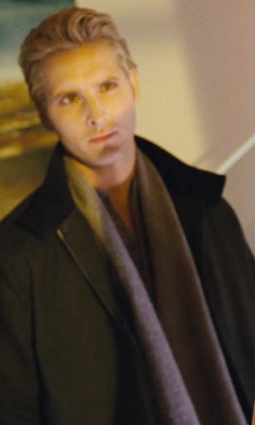 Peter Facinelli with Kil Houndstooth Check Scarf in Twilight