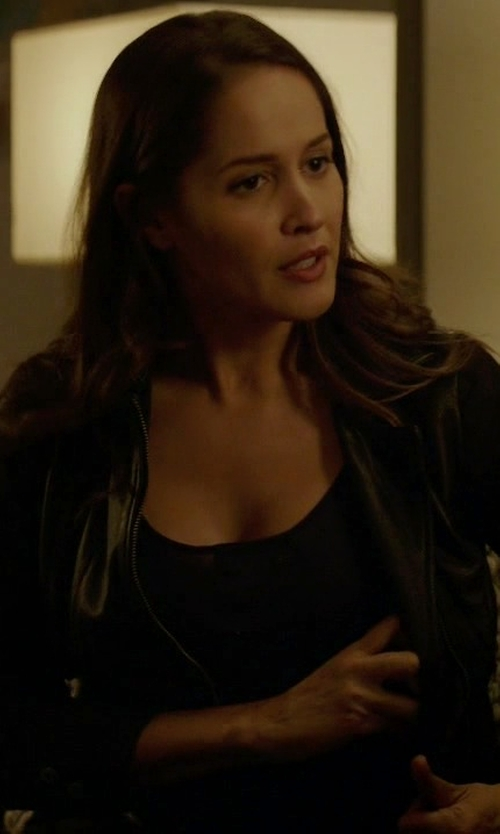 Jaina Lee Ortiz with Theory Scoop Neck Tank in Rosewood