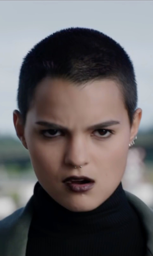 Brianna Hildebrand with 20G Ball Hoop Nose Rings in Deadpool