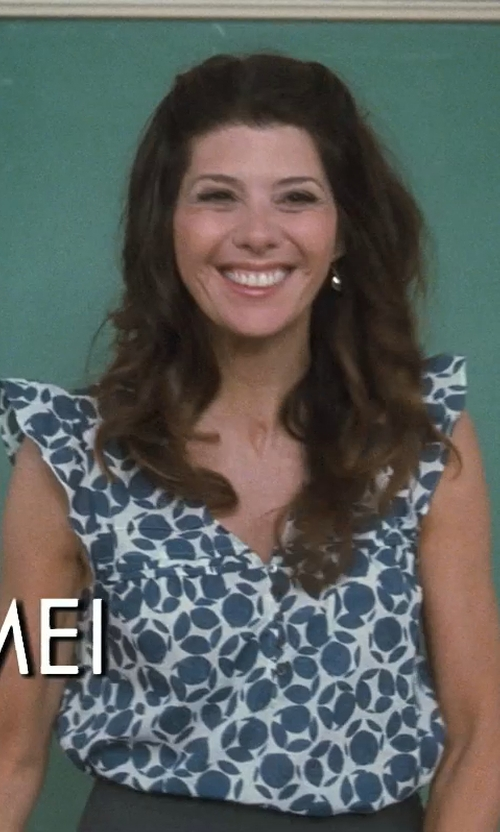 Marisa Tomei with Ippolita Rosé Teeny Teardrop Earrings In Clear Quartz in Crazy, Stupid, Love.