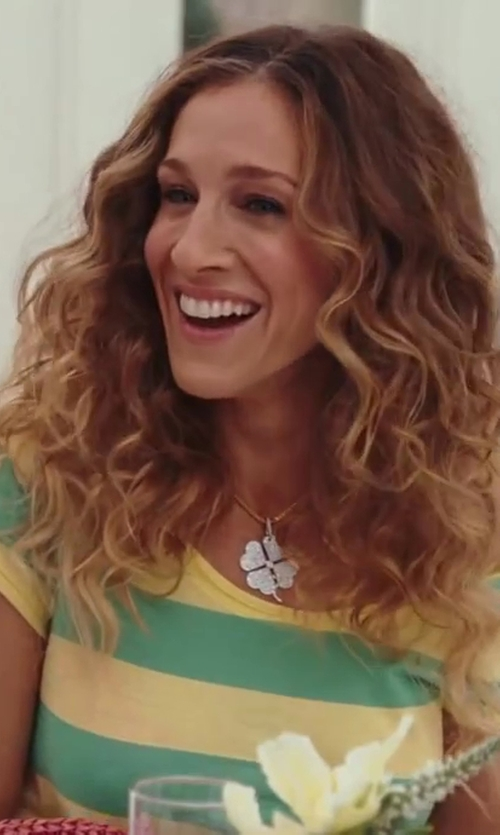 Sarah Jessica Parker with Chahan Minassian Four Leaf Clover Necklace in Sex and the City 2