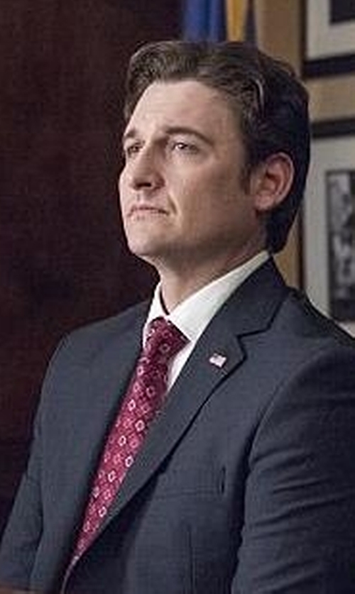 Toby Leonard Moore with Canali Medallion Silk Tie in Billions