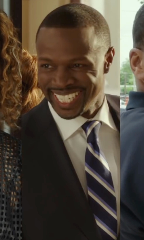 Sean Patrick Thomas with Massimo Bizzocchi Textured Stripe Silk Tie in Barbershop: The Next Cut