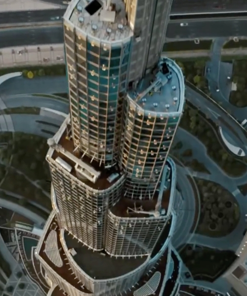Tom Cruise with Burj Khalifa Dubai, United Arab Emirates in Mission: Impossible - Ghost Protocol
